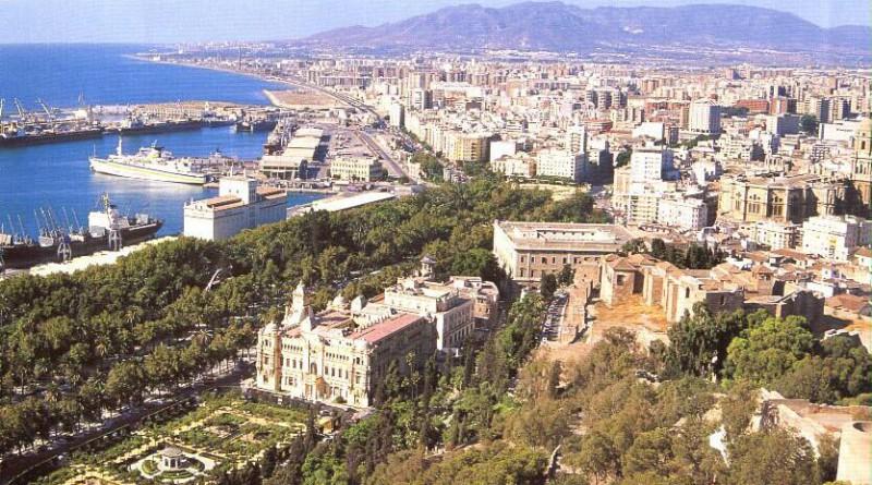 Malaga ved kysten i Spania