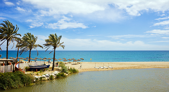 Puerto Banús stranden Costa del Sol