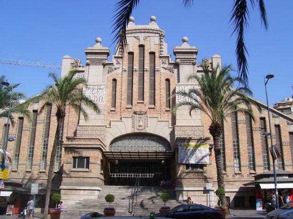 Shopping in Alicante Grand Central Market