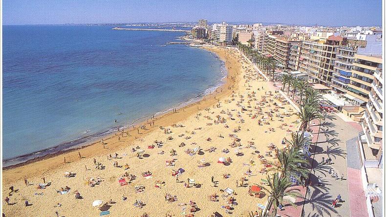 Torrevieja ved kysten i Spania
