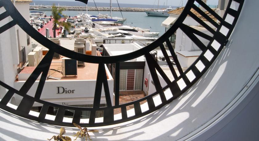 Shopping Dior Puerto Banus