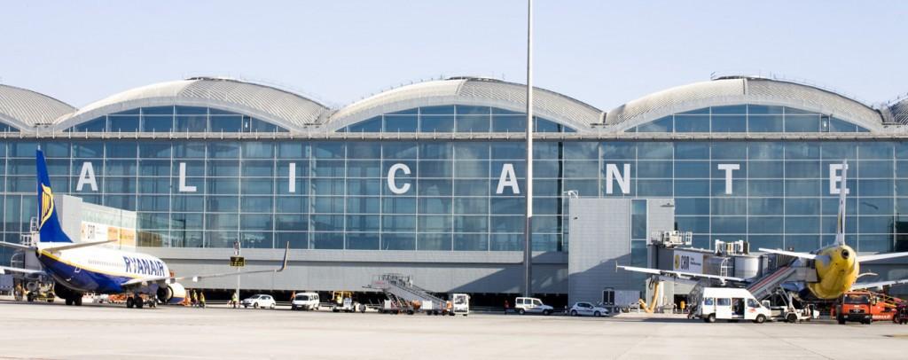 Alicante lufthavn i Alicante i Spania