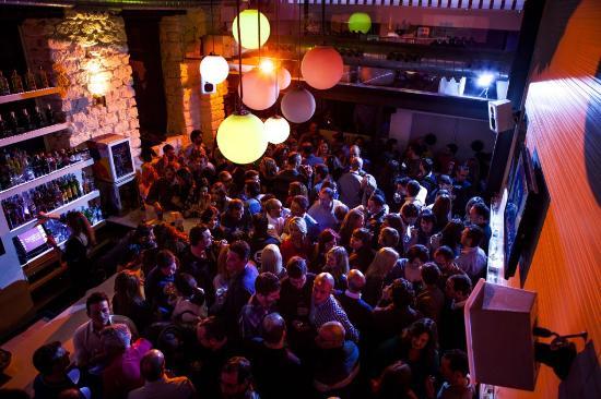 Uteliv i Alicante Teatre Day and Night