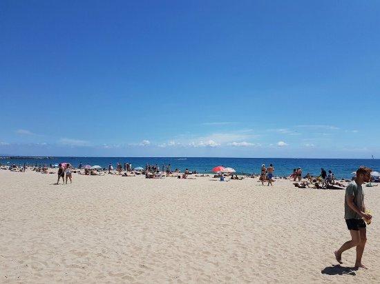 Playa del Bogatell i Barcelona