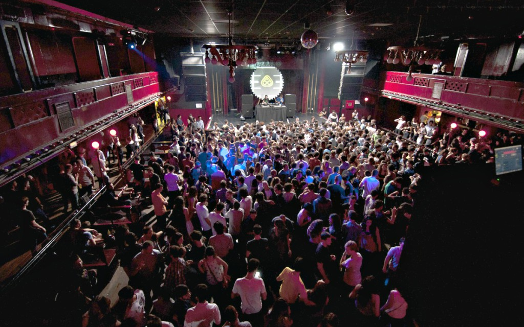 barcelona uteliv nattklubber og barer i barcelona