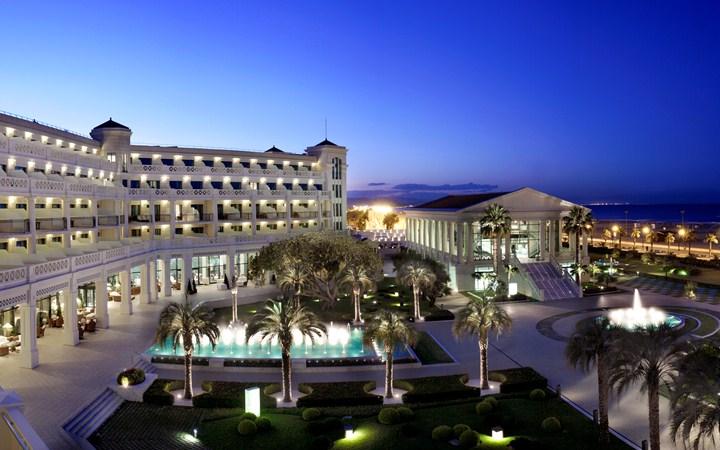 Hotell Las Arenas Balneario Resort i Valencia