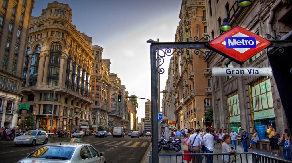 Gran Via distriktet i Madrid