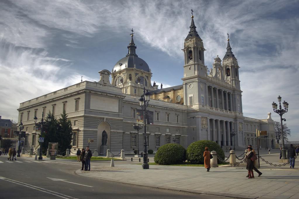 Catedral de la Almudena i Madrid