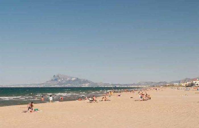 Stranden Pau Pi i Oliva