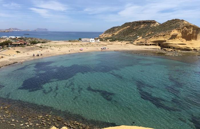 Stranden Cala de los Cocederos del Hornillo i Murcia