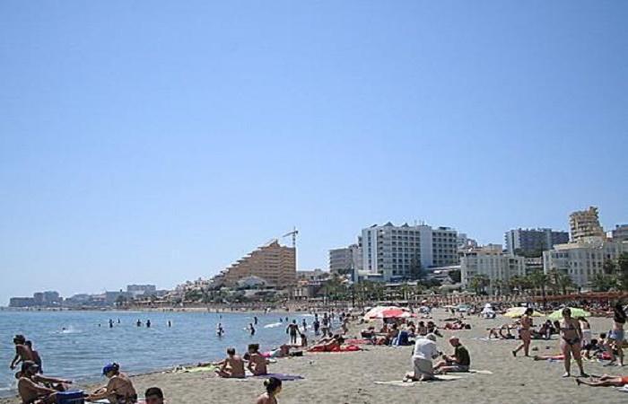Stranden Playa Santa Ana i Benalmadena