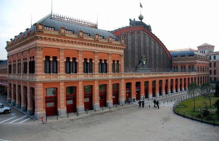 Goldcar bilutleie Madrid Jernbanestasjon