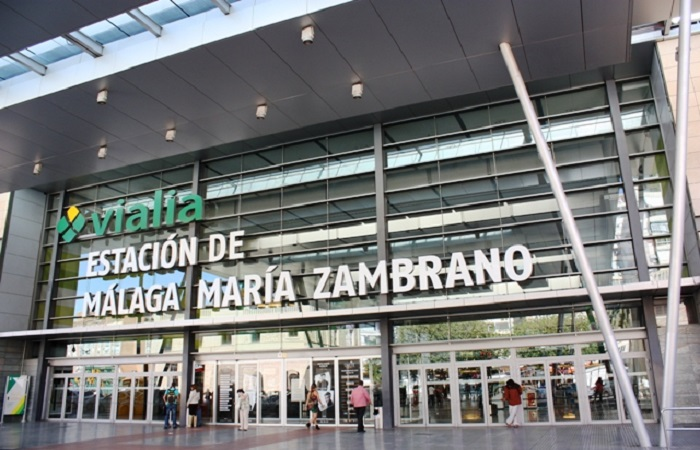 Goldcar bilutleie Malaga Jernbanestasjon