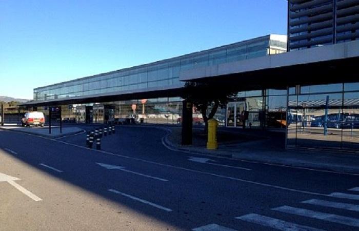 Firefly bilutleie Reus Lufthavn