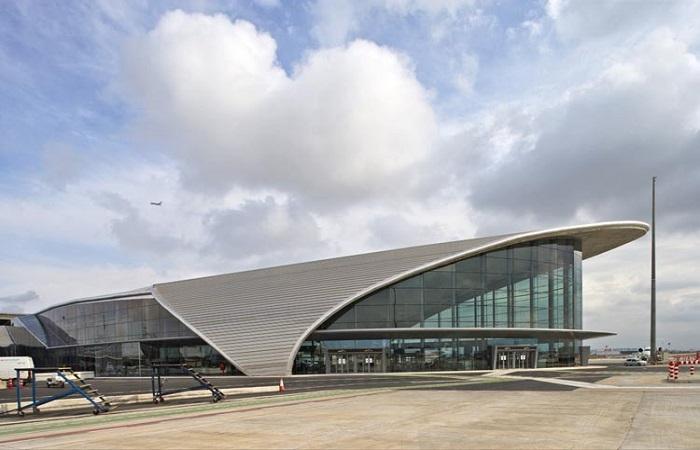 Hertz bilutleie Valencia Lufthavn
