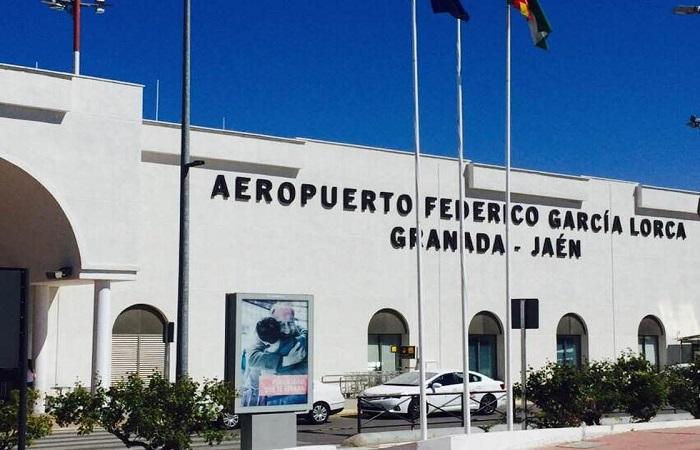Hertz bilutleie Granada Lufthavn