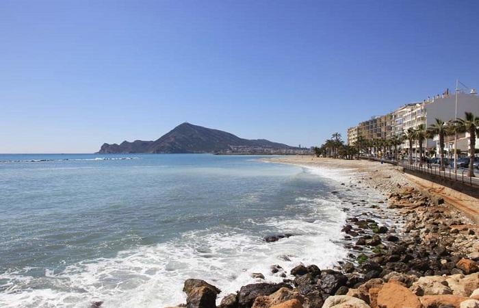 Stranden La Roda i Altea