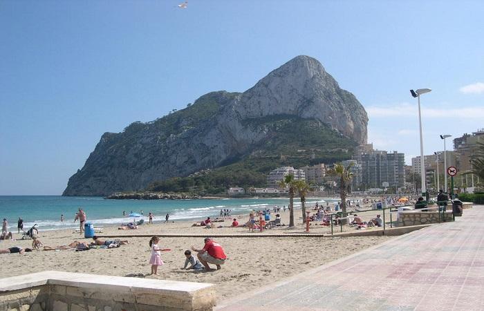 Stranden Playa Levante La Fossa i Calpe